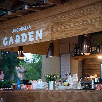 /images/6/2/62-anconella-garden.jpg