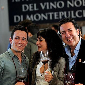 /images/7/0/70anteprima-vino-nobile-2014.jpg
