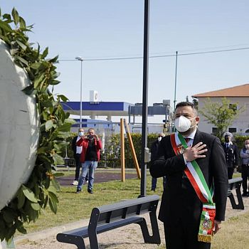 /images/7/1/71-chiusi-festa-della-liberazione-09.jpg