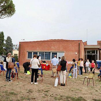 /images/7/3/73-013-primo-giorno-scuola-senza-zaino-rovini-cascine-fabio-barsottini.jpg