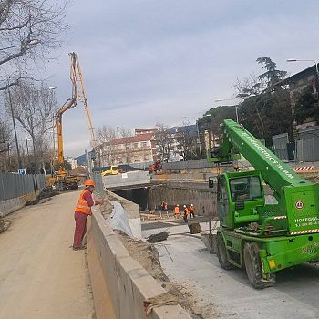/images/7/3/73-tramvia-cantiere-strozzi-a.jpg