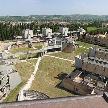/images/7/5/75-cimitero-di-jesi-photo-andrea-aleardi.jpg