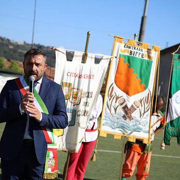 /images/7/5/75-juri-bettollini-al-campo-sportivo-di-chiusi.jpg