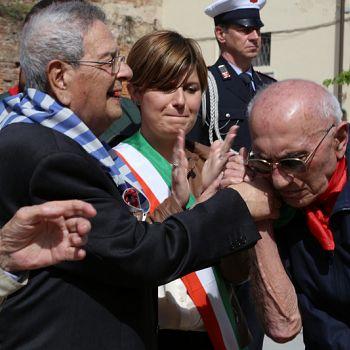/images/7/6/76-25-aprile-2019-liberazione-nazionale-empoli-santa-maria-fontanella-272.jpg