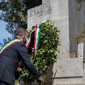 /images/7/7/77-chiusi-festa-della-liberazione-03.jpg