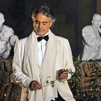 /images/8/1/81bocelli-andrea-teatro-musica-26maggio.jpg