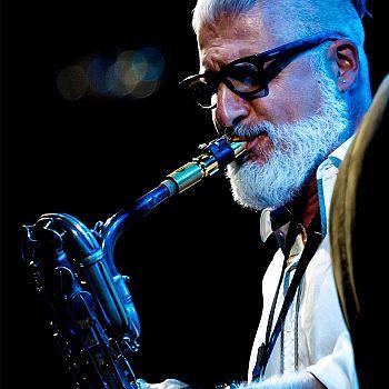 /images/8/4/84-jazz-on-the-corner---dario-cecchini--1-.jpg