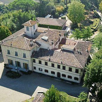 /images/8/7/87-01-tenuta-poggio-al-pino-villa-la-selva.jpg