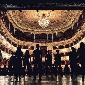 /images/9/0/90-teatro-della-pergola--ph--filippo-manzini.jpg