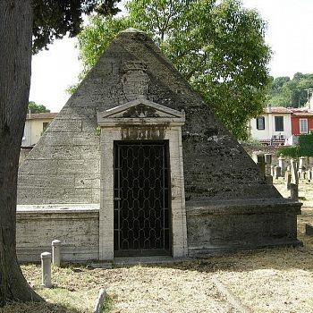 /images/9/2/92-cimitero-ebraico-di-firenze--piramide-04.jpg