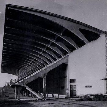/images/9/5/95-pensilina-stadio-berta--1931-ph--courtesy-pier-luigi-nervi-project-association--bruxelles.jpg