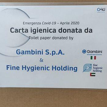 /images/9/6/96-donazione-carta-igienica-gambini-e-fine-hygenic-holding.jpeg