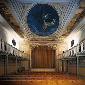/images/9/7/97-teatro-manzoni-pic.jpeg