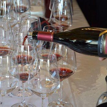 /images/9/9/99-wine-siena01.jpg