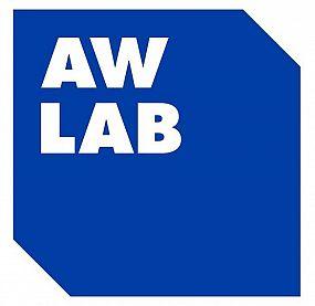 new balance uomo aw lab