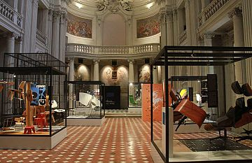 Casa delle Eccellenze a Firenze  clamoroso furto nell ex Tribunale ... 167146b5e14