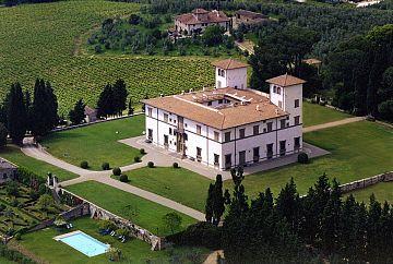 Sono In Toscana Le Ville Piu Belle E Costose D Italia Ecco Quali