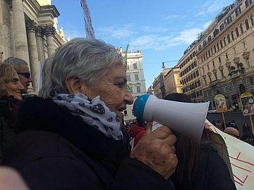 Banca Offerte Di Lavoro Toscana : Banca etruria grande adesione dei risparmiatori ad azione legale di