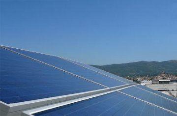 Pannelli solari: modificato il regolamento edilizio • Nove da Firenze